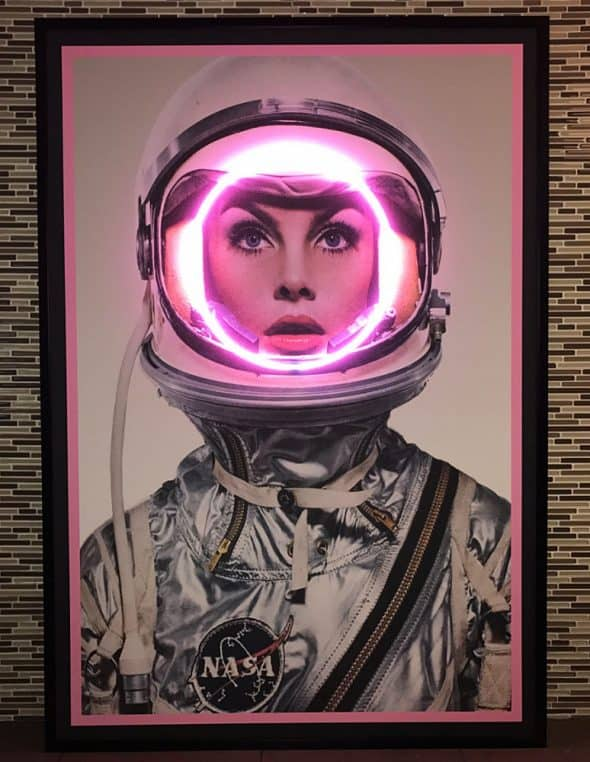 the-neon-fix-neon-light-nasa-girl-wall-decoration