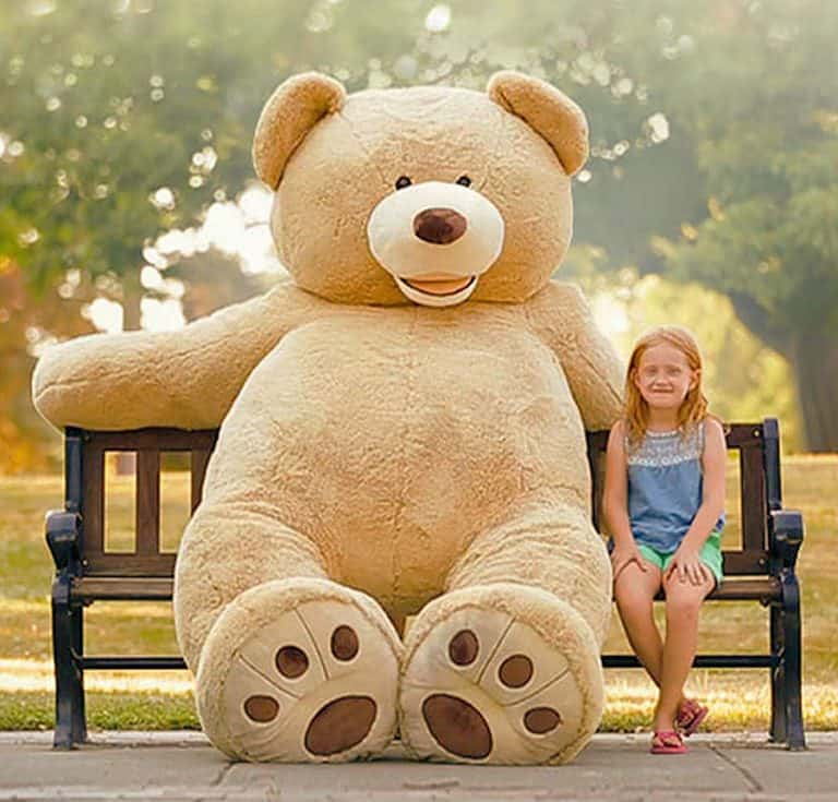 hugfun-giant-teddy-bear-synthetic-polyester-fabric