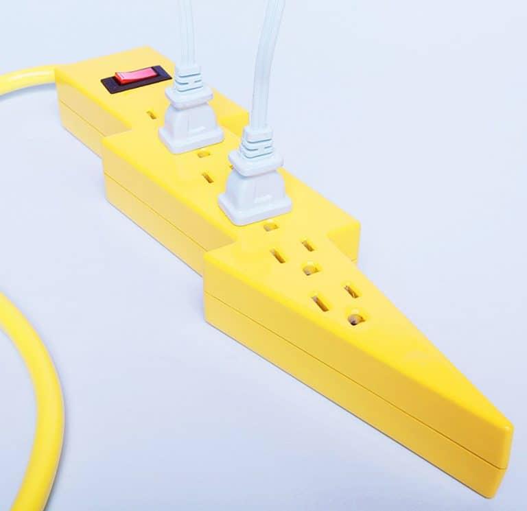 kikkerland-bolt-power-strip-extension-cords