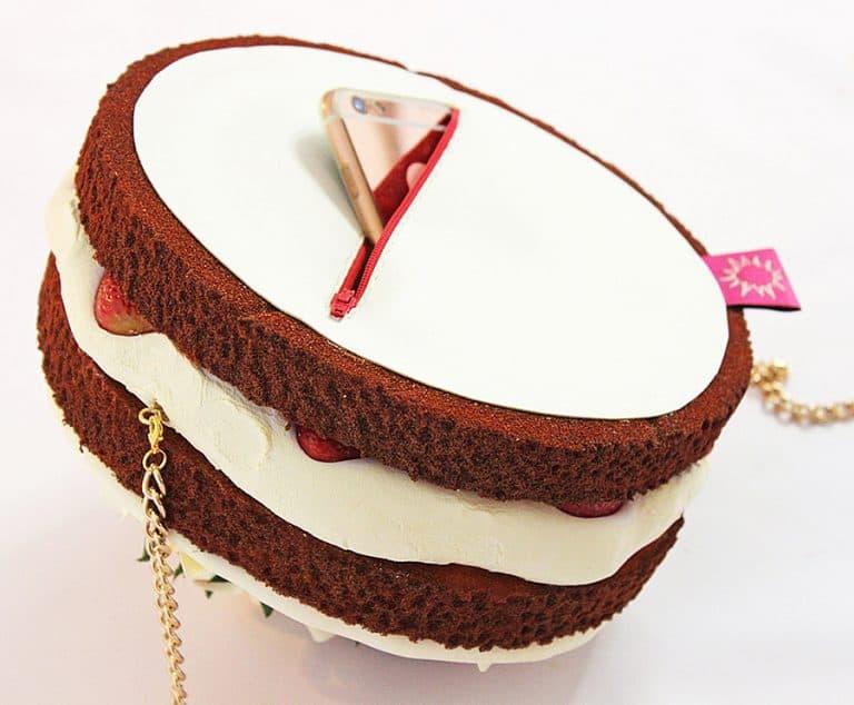 rommy-de-bommy-white-chocolate-cream-cake-purse-lightweight