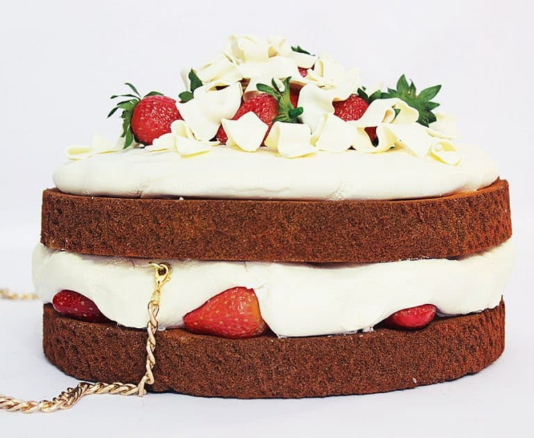 rommy-de-bommy-white-chocolate-cream-cake-purse-made-to-order-product