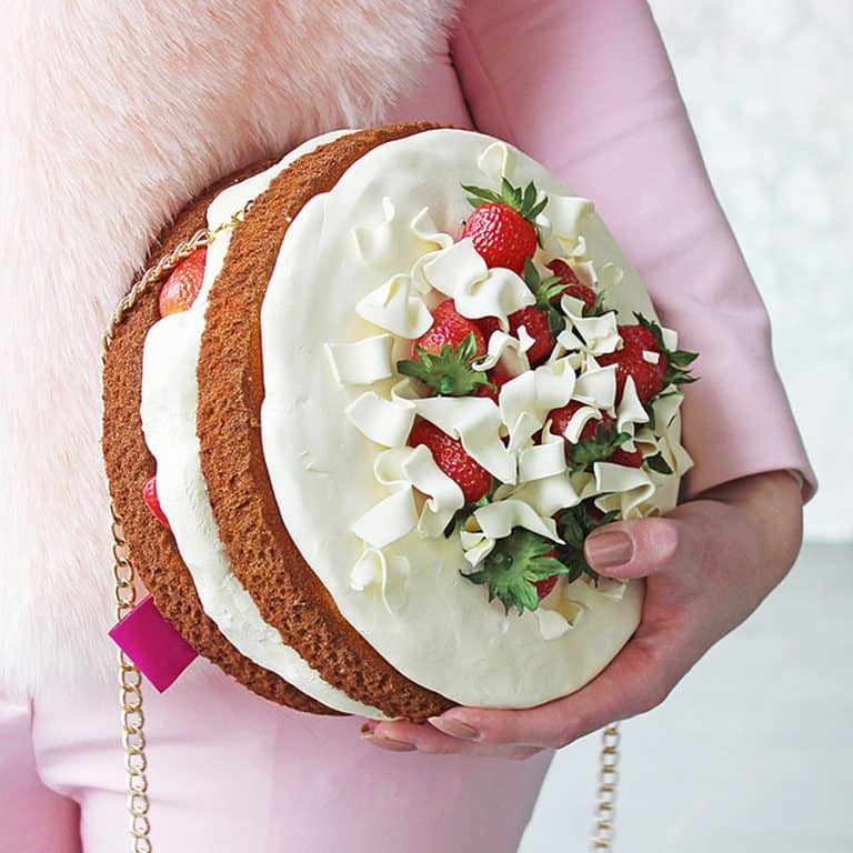 rommy-de-bommy-white-chocolate-cream-cake-purse-women-fashion