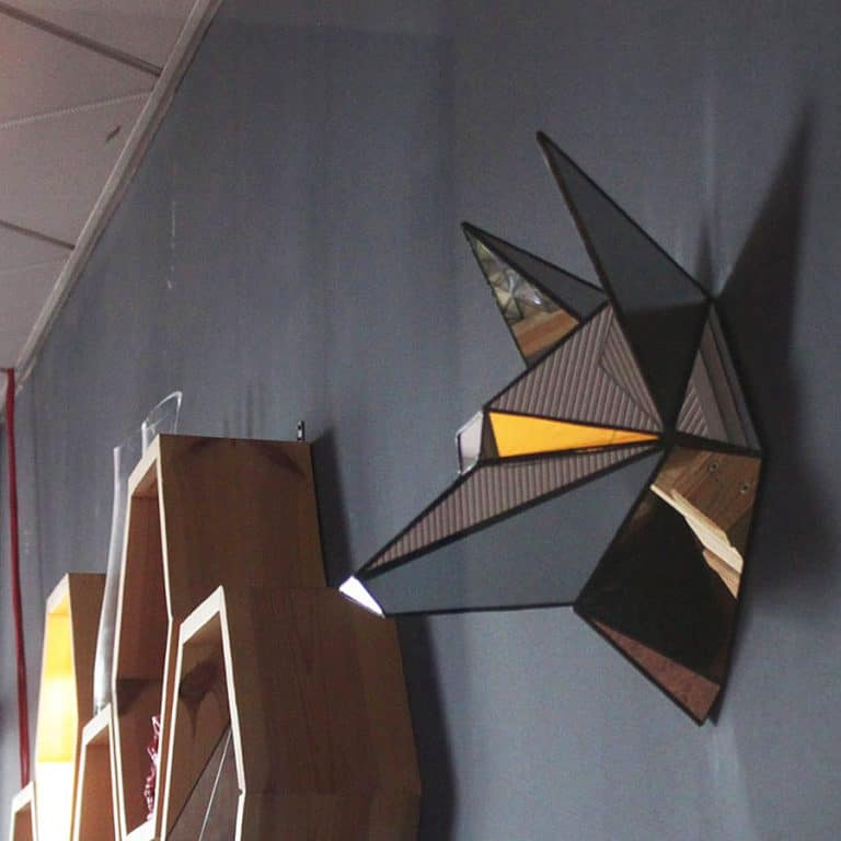 roslynka-polygonal-mirror-wolf-wall-decoration