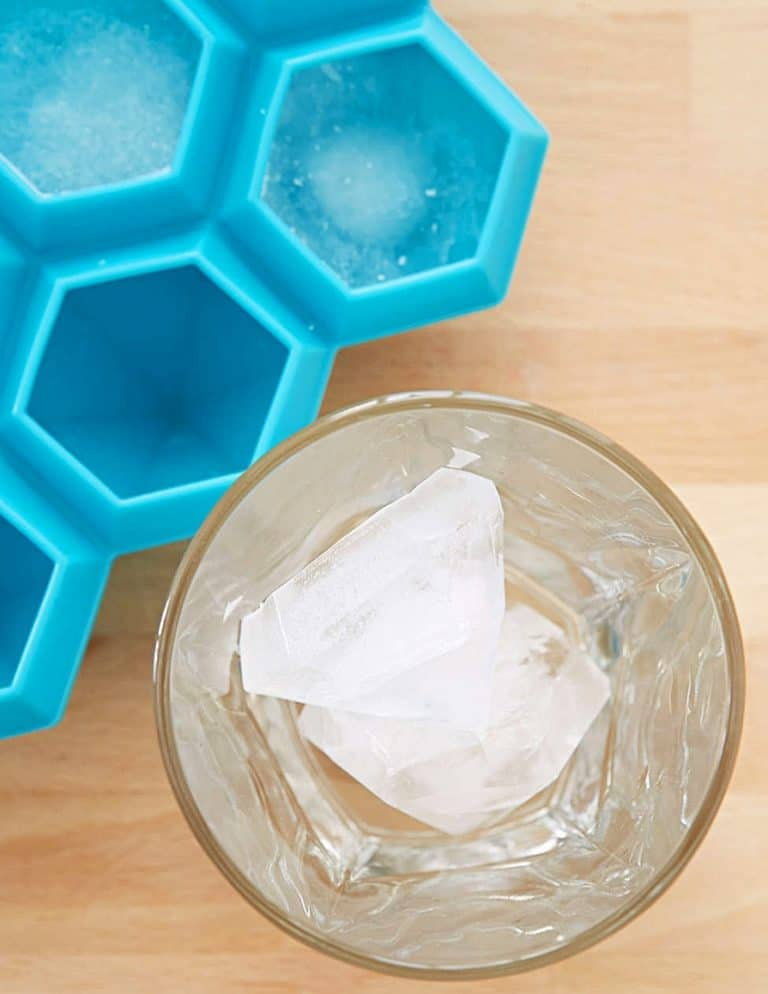 true-diamond-ice-cube-tray-30-carat-ice-cubes