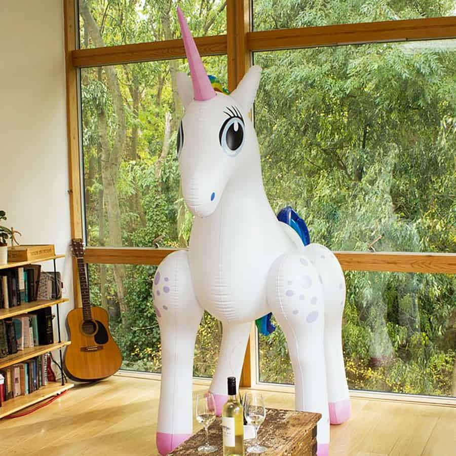 giant-inflatable-unicorn-centerpiece