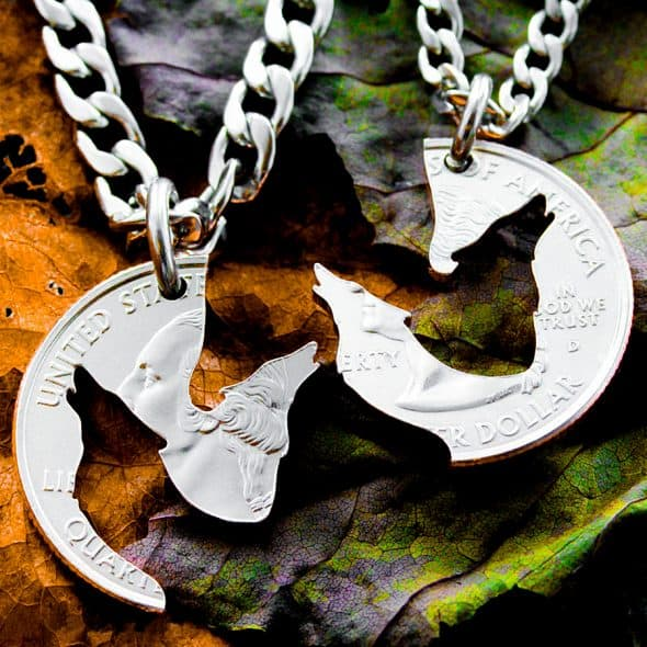 Name Coins Interlocking Wolf Quarter Necklace Jewelries