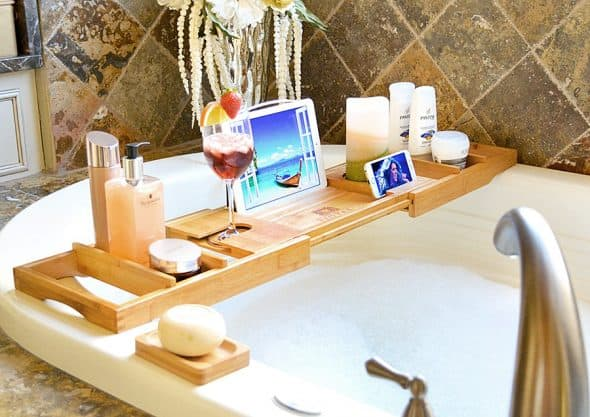 royal-craft-wood-luxury-bathtub-caddy-multifunction