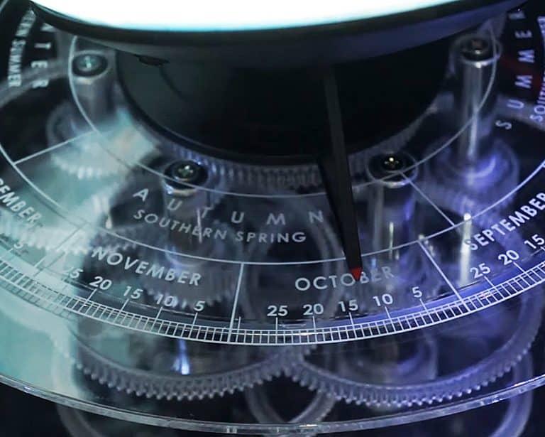 Elenco Edu-Toys Night 'n Day Mechanical Globe Calendar