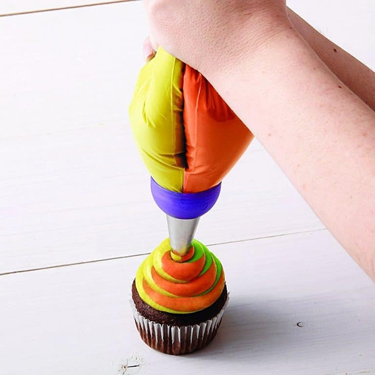 Wilton ColorSwirl 3 Color Coupler Baking Tool