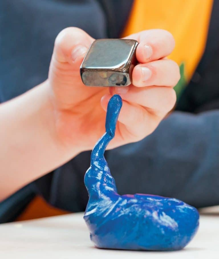 Crazy Aarons Thinking Putty Blue Magnetic Slime