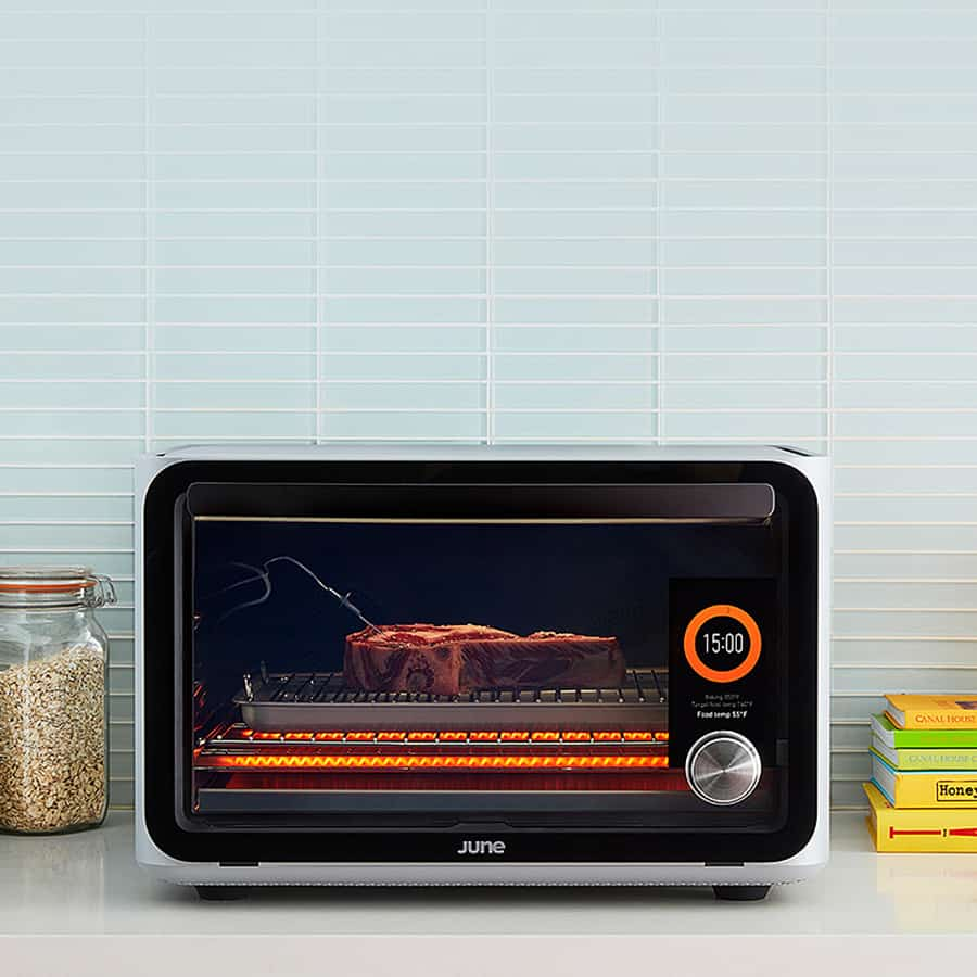 An intelligent oven that will make anyone a better cook.