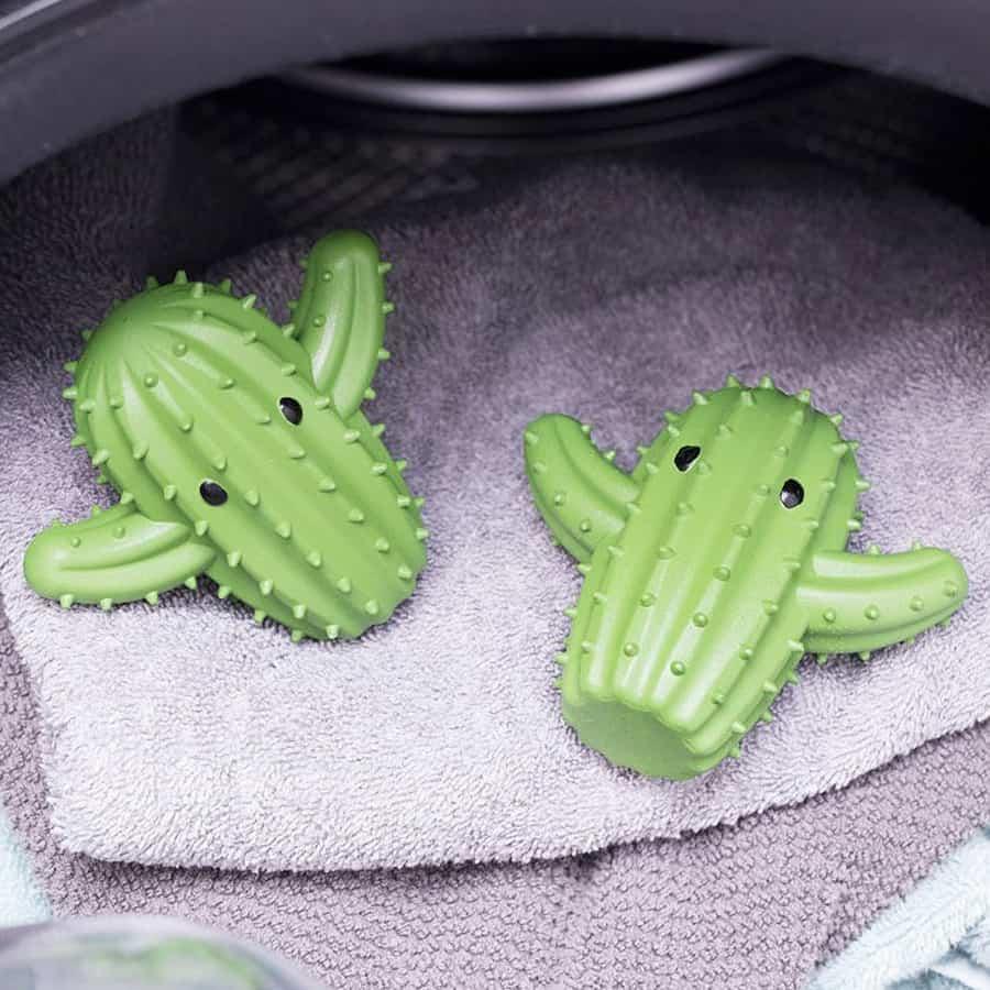 Fluffy spiky dry.