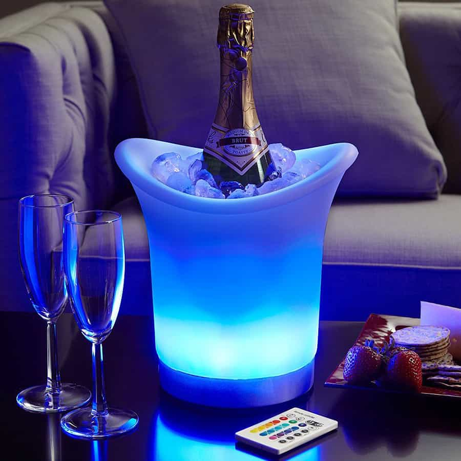 Does your ice bucket light up and change its colors?