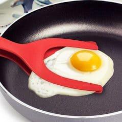 Easily flip, turn and grab those eggs!