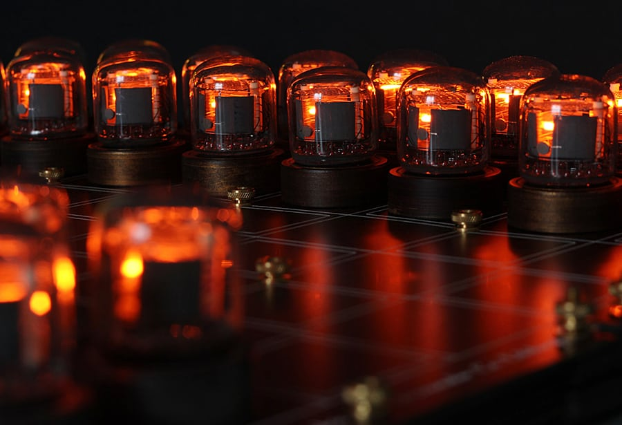 Lasermad Nixie Chessboard Electric Chess
