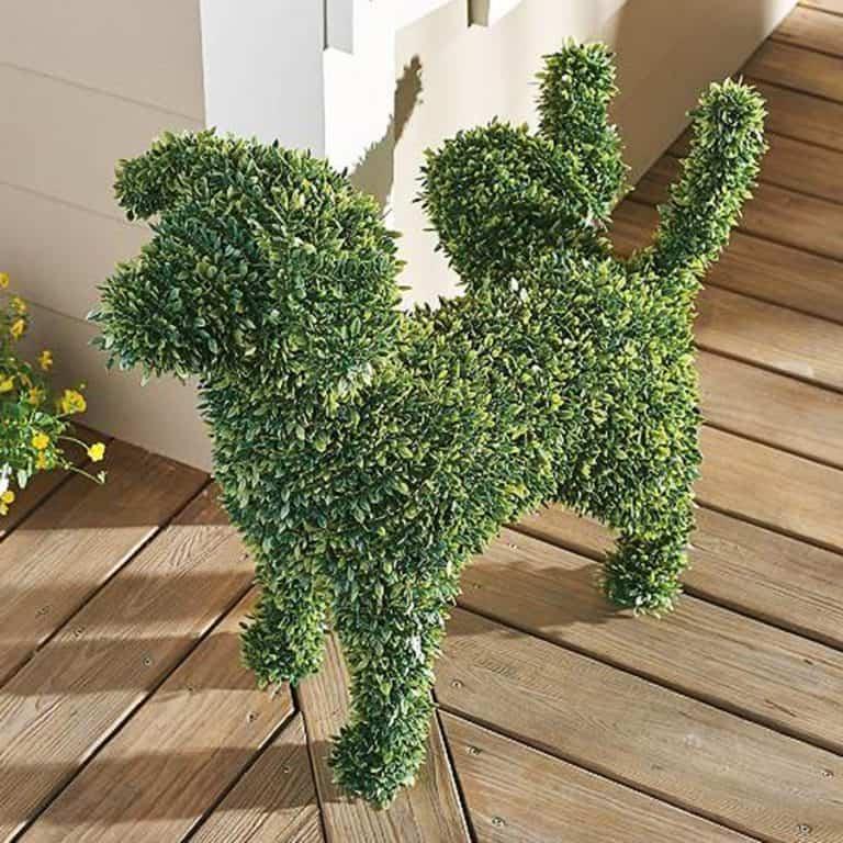 Peabody Faux Boxwood Garden Dog House Decoration