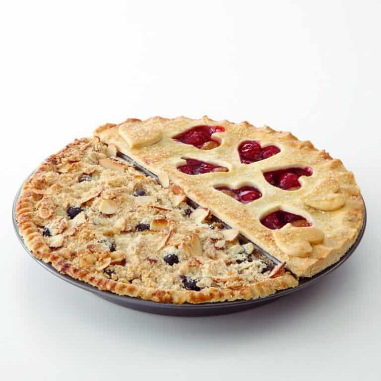 Chicago Metallic Split Decision Pie Pan Bakeware