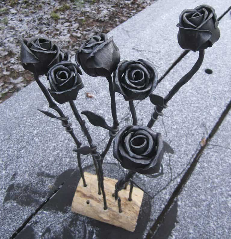 Frost Ferrum Forge Hand Forged Rose Pure Steel