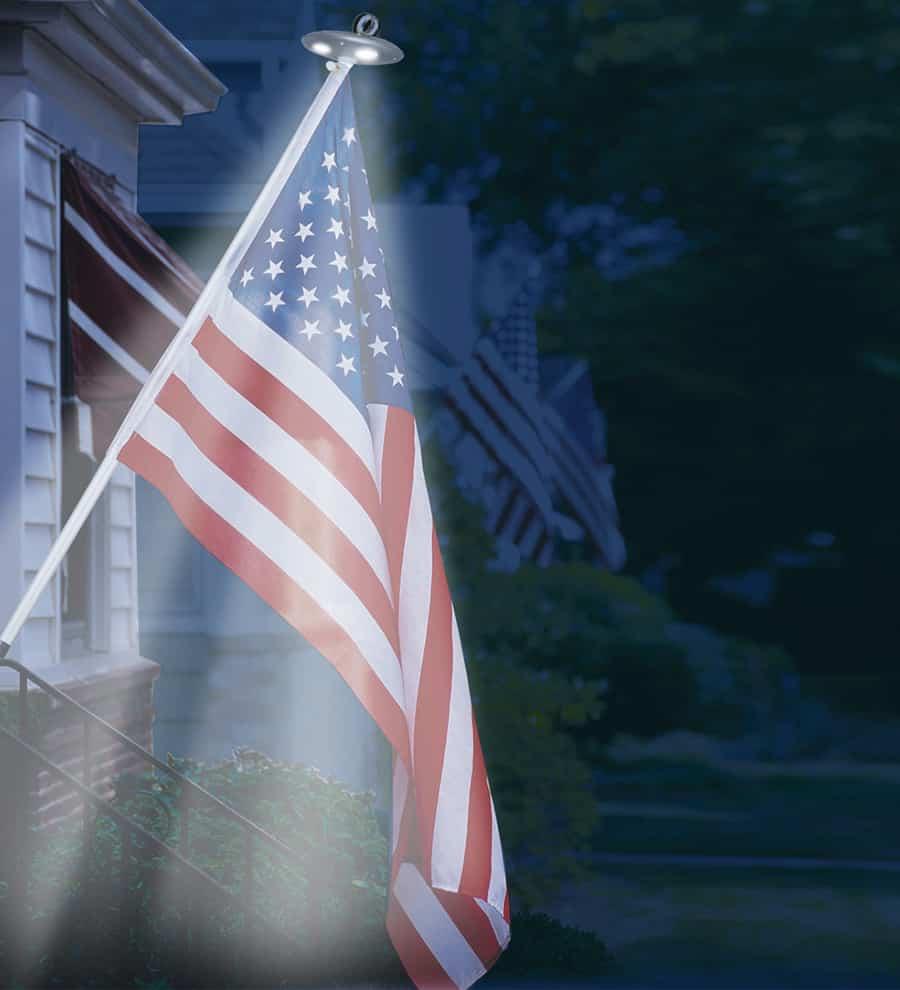Sporty's Solar Residential Flagpole Light Light Sensor