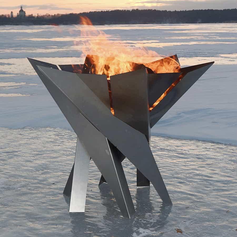 Arpe Studio Phoenix Flower Steel Fire Pit Heater