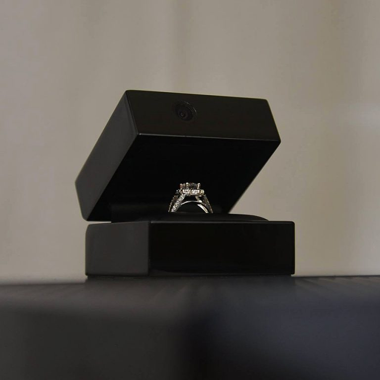 Ring Cam Built in Camera