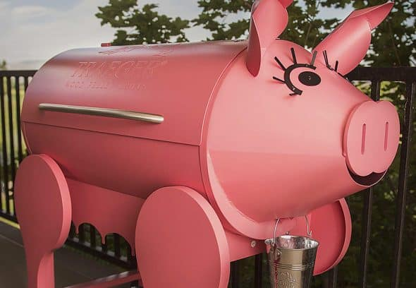 This little piggy grills your dinner.