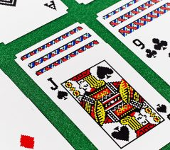 Play solitaire vintage style.