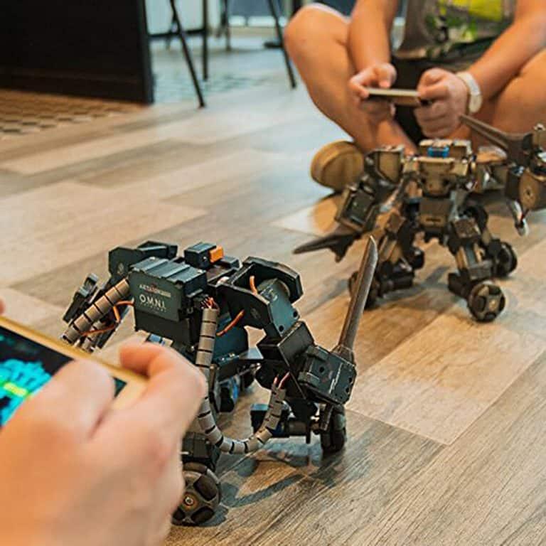 Ganker Fighting Robot Toy