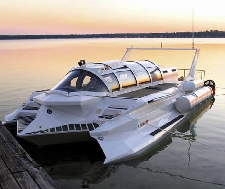 Hyper Sub Speedboat