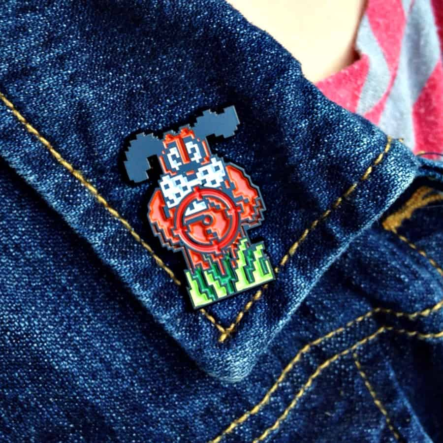 Meet Your Marker Duck Hunt Shoot the Laughing Dog Lapel Pin Collectibles