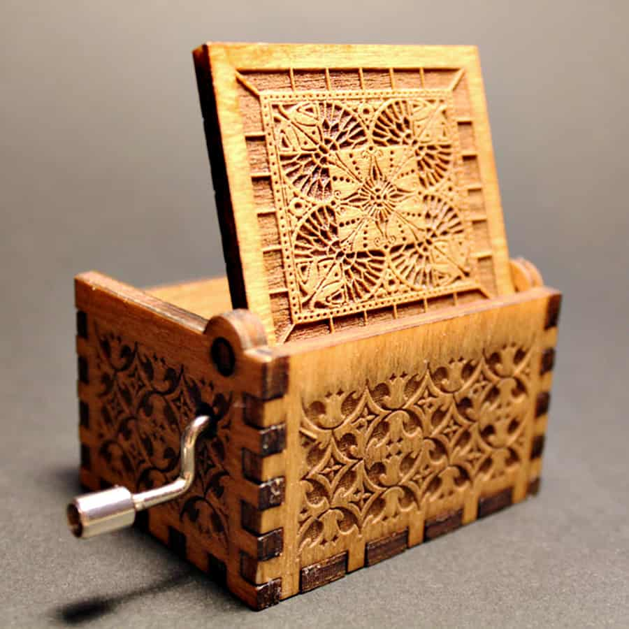Soundbarrel Game of Thrones Engraved Wooden Music Box Music Boxes
