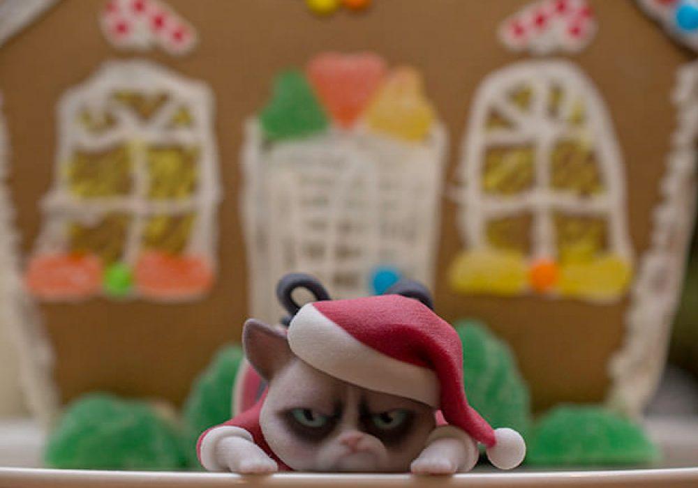3D Printed Luxuray Grumpy Cat Christmas Edition Unique Christmas Decor