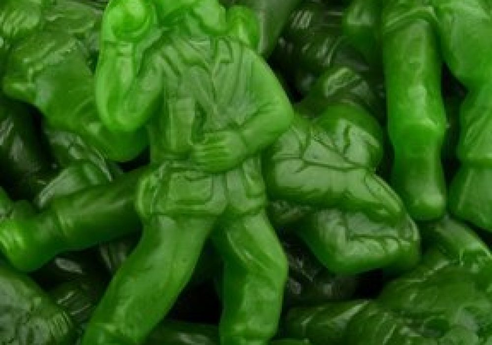 Albanese Gummi Green Army Men Party Candy to Buy