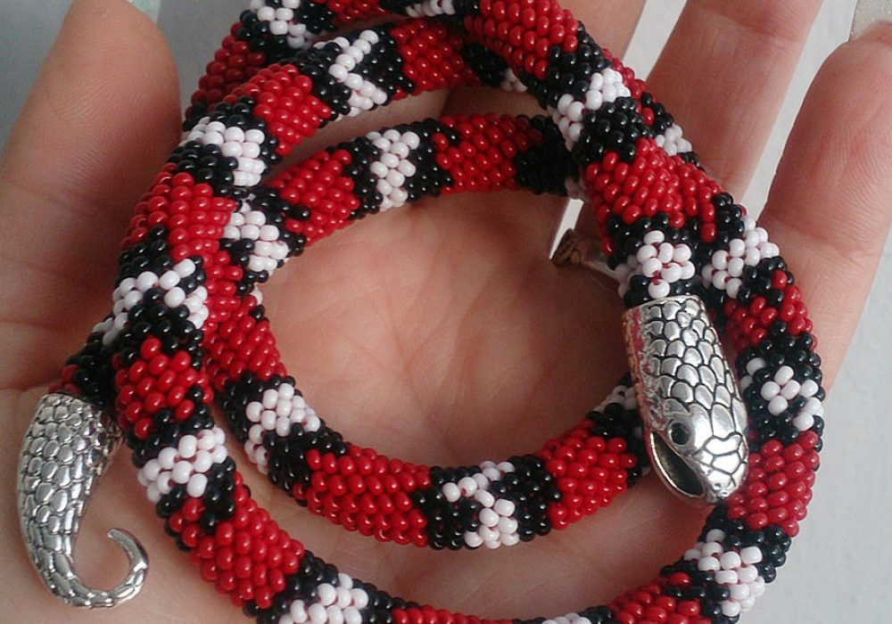 Best Gift 4 You Aspid Red Snake Bead Crochet Necklace Handcrafted Necklaces