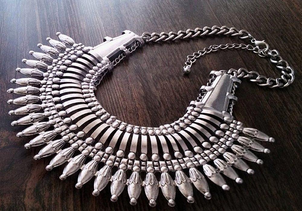 Canela de Plata Nepal Style Statement Necklace Necklaces