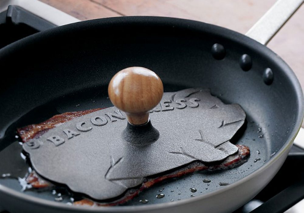 Cast-Iron Bacon Press Pig Shaped Kitchenware