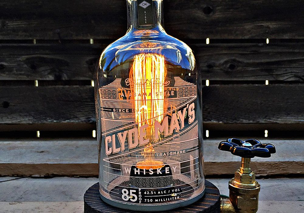 fifty1st-clyde-mays-rustic-desk-lamp-whiskey-bottle