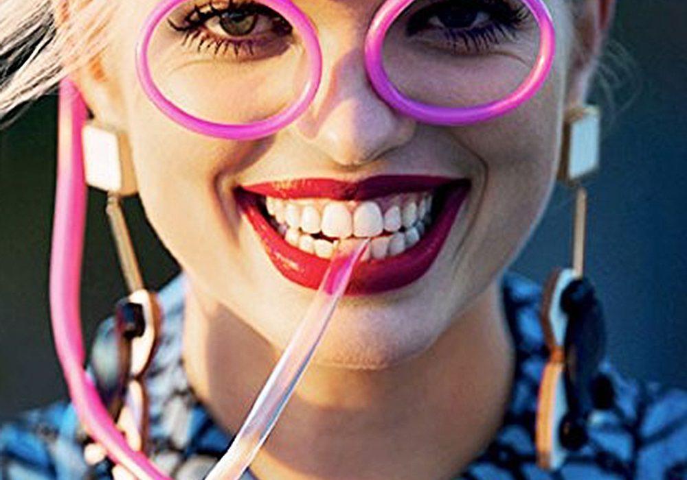 Fosters Drinking Straw Eyeglasses Fun Gift Idea