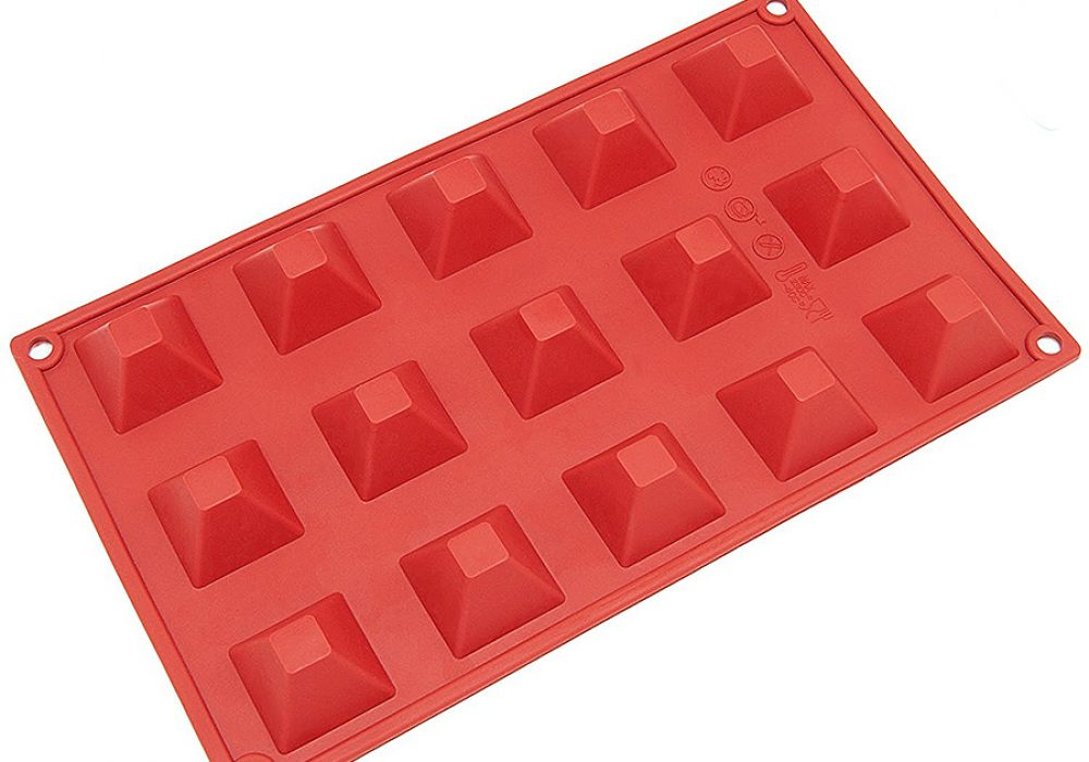 freshware-mini-pyramid-chocolate-candy-and-gummy-mold-non-stick-material
