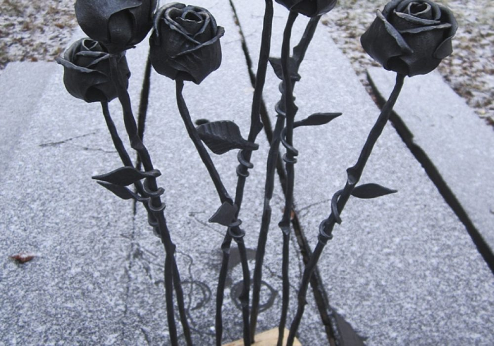 Frost Ferrum Forge Hand Forged Rose Metal Art