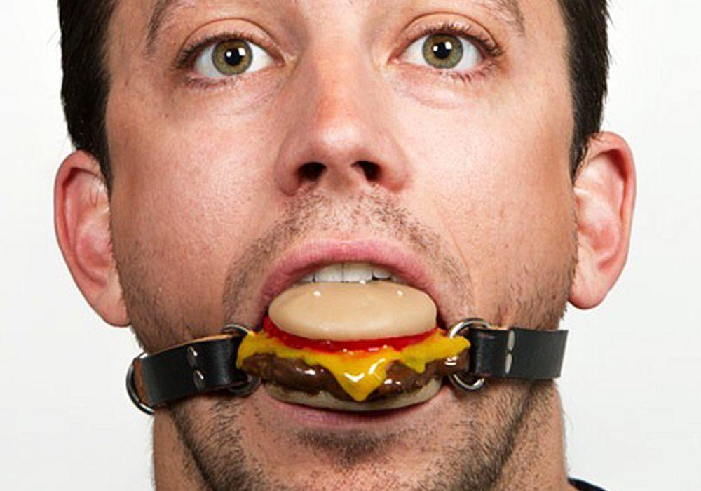 gorge-ohwell-cheeseburger-ball-gag-exotic-item