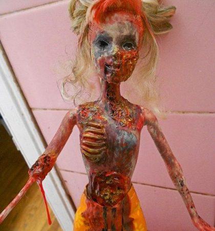 Happy Undead Walker Doll