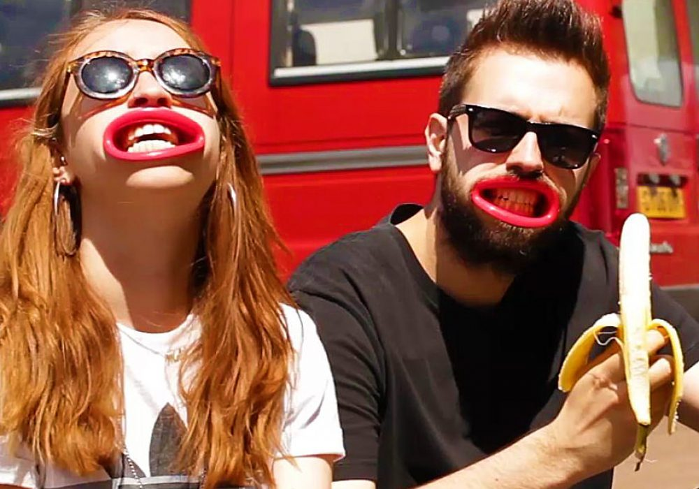 HyperLip Plastic Prosthesis Lips Funny Gag Gift Idea