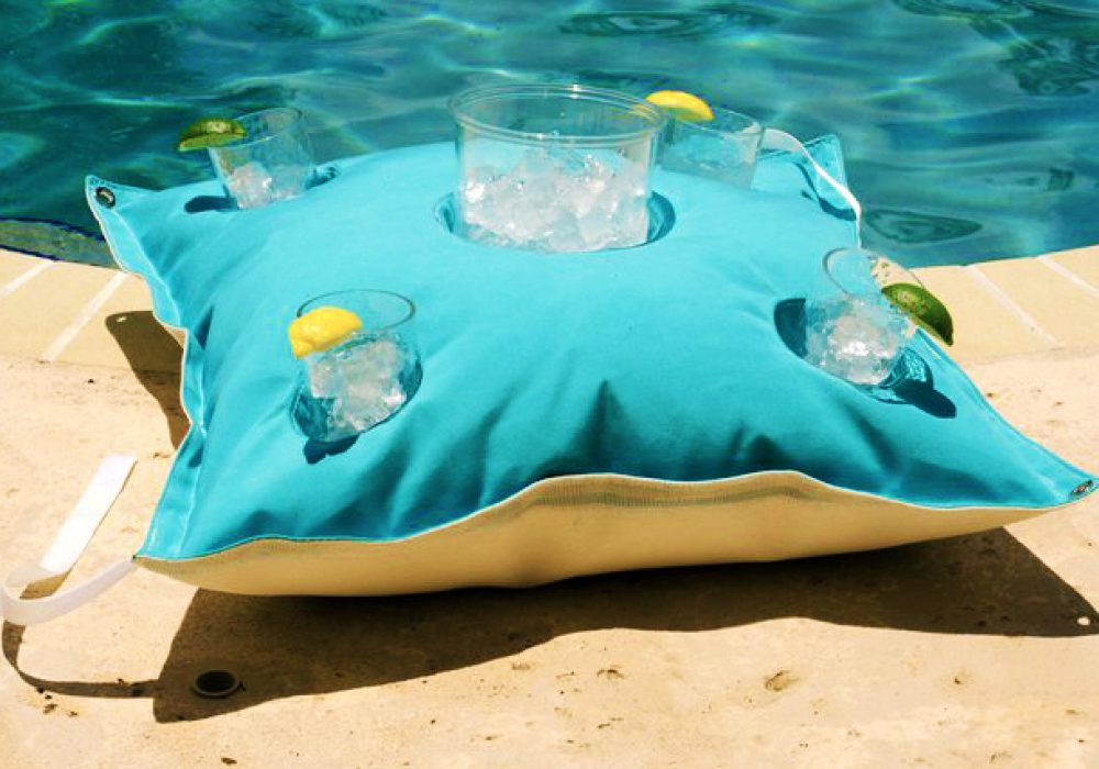 Kai-Floating-Cocktail-Table-Chic-Pool-Accesory-to-Buy