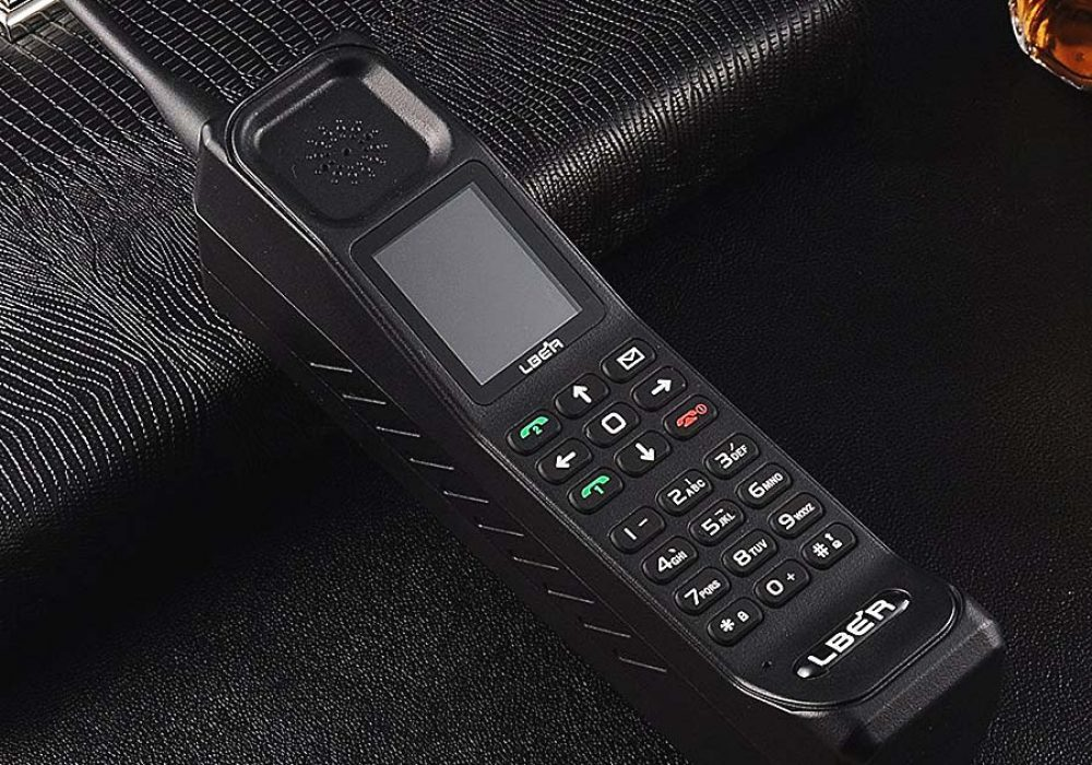 LBER KR999 Classic Retro Thick Brick Unlocked Cell Phone Novelties