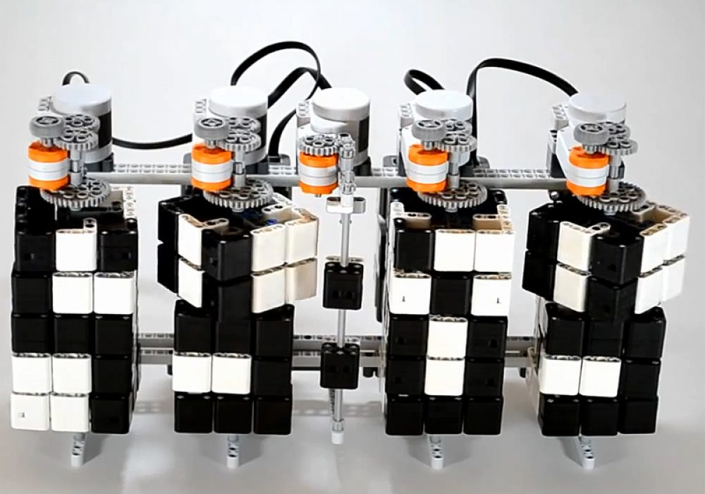 Lego Mindstorms Time Twister Mechanical Clock Cool Stuff you Cant Buy
