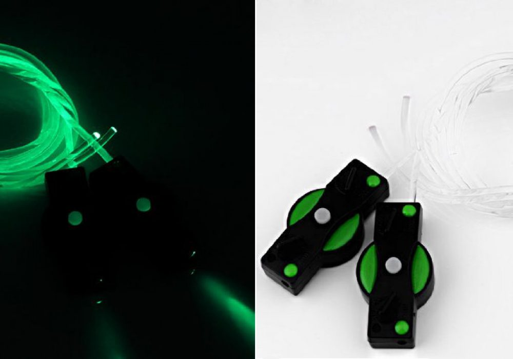 Light Up Flashing Shoelaces Make your Shoes Glow