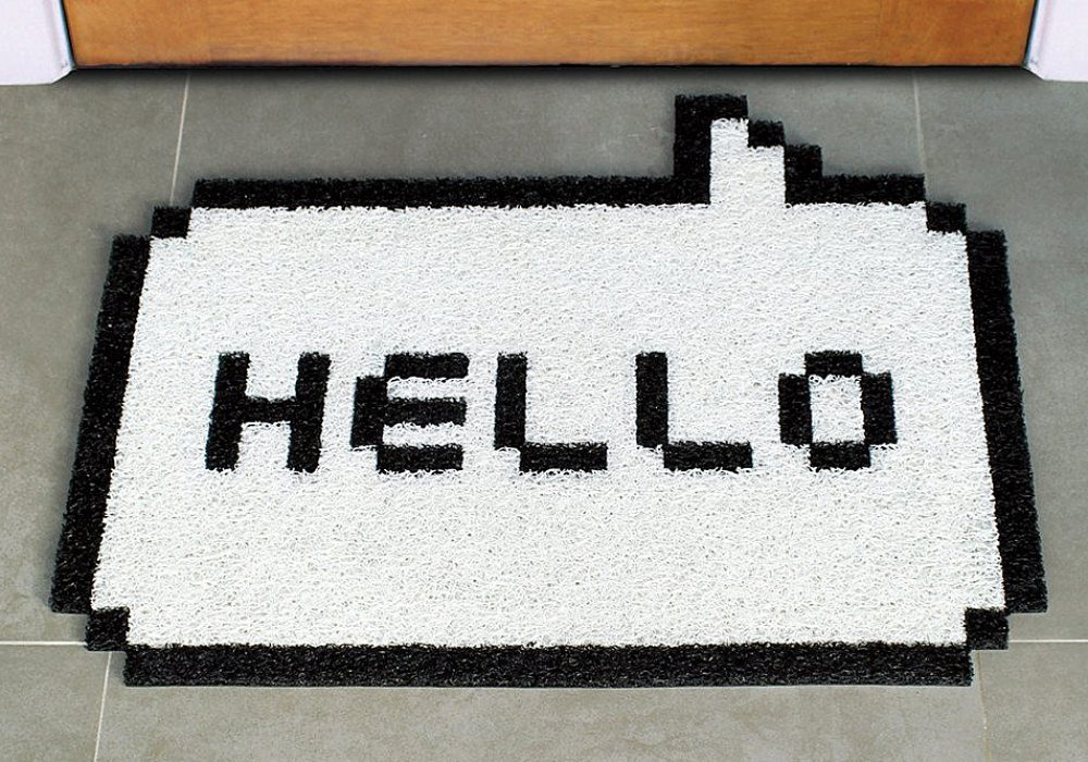 Meninos 8-Bit Hello Doormat