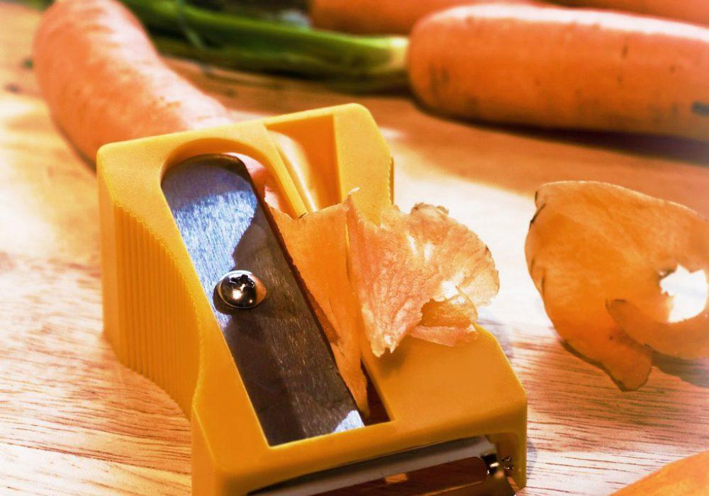 Monkey-Business-Karoto-Sharpener-&-Peeler-Cool-Kitchen-Gadget-to-Buy
