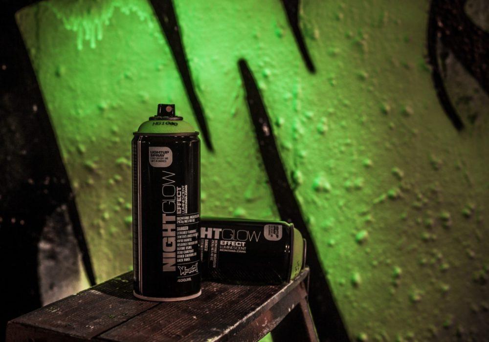 Montana Night Glow Spray Paint Black Cans
